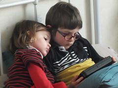 DSCF7672 (Benoit Vellieux) Tags: enfant child kind tablet fille girl mädchen garçon boy junge