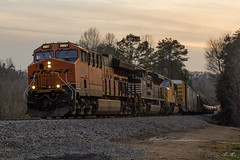 NS 175 at 104.3H (travisnewman100) Tags: norfolk southern union pacific burlington northern santa fe bnsf up ns railroad freight manifest train 175 1043h milepost dusk atlanta north district georgia division braswell et44ah sd70ace sd70m ge emd
