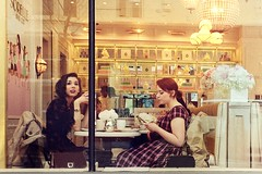at the cake shop (-liyen-) Tags: mobile mobilephotography urban sorelle cakeshop cafe candid street city toronto ontario canada samsungs8 ladies tea females friends urbanstyle yorkville matchpointwinner mpt627 challengeyouwinner