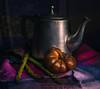 2018-03_still-64-1 (Piotr Stachowiak) Tags: project stillnature teapot tomato esparagos