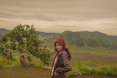 cute smile (ridhonndut) Tags: cutesmile nikon tamron1750mmf28 hijaber nature landscape