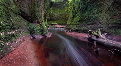 The Devil's Pulpit (jasty78) Tags: devilspulpit finnichglen carnockburn green red dumgoyne scotland nikond7200 tokina1116mm