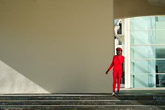 The Lady in Red (gwpics) Tags: openair streetphotography black barcelona lady outside people red catalonia catalonya everydaylife lifestyle person socialcomment socialdocumentary society streetphotos streetpics streetlife