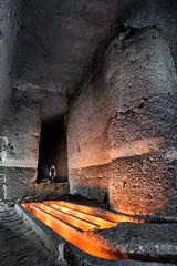 Carrière souterraine de craie (flallier) Tags: souterraine craie underground chalk quarry silhouette souterrain goulottes décantation blanc galerie tunnel carrière