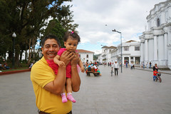 (inesperée) Tags: portrait colombia popayan travel smiles gaze child man kindness