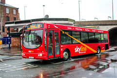 High Peak Bus Company FN04HSL (Mike McNiven) Tags: highpeak buscompany wright solar buxton manchester airport stockport skyline skyline199