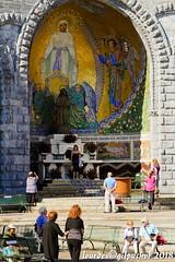 Lourdes 060-A (José María Gil Puchol) Tags: aquitaine basilique catholique cathédrale eau eaumiraculeuse fidèle france josémariagilpuchol lourdes paysbasque pélèrinage religion