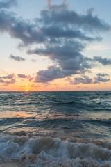 Sunrise (saebaryo) Tags: canoneos5dmarkiii canon 5d3 5diii beach ocean sea sand surf sky clouds sunrise canon1635mmf28lii 1635mm