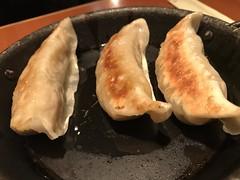 Fried Gyoza Dumplings @Somewhere in Tamachi.... (Phreddie) Tags: izakaya drunk dizzy yummy food party night tokyo japan