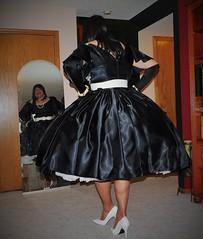 Black 90 (Deedee Fullskirt) Tags: crossdresser transvestite petticoat highheels