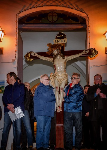 """(2018-03-23) - IX Vía Crucis nocturno - Luis Poveda Galiano (02) • <a style=""""font-size:0.8em;"""" href=""""http://www.flickr.com/photos/139250327@N06/40337743054/"""" target=""""_blank"""">View on Flickr</a>"""