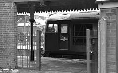 Loco D5343 (26043) resting at East Dereham in between turns. Mid Norfolk Railway Spring Diesel Gala. 18 03 2018 (pnb511) Tags: mnr midnorfolkrailway train engine loco locomotive diesel class26 26043 snow winter station gates railings awning platform dereham