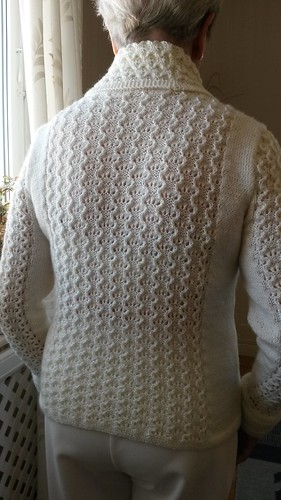 Ravelry juul cardigan pattern by linda marveng