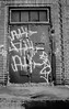 PIC_0015_01 (mujetdebois) Tags: canonrebel2000 film 35mm ilfordfp4125 analogphotography biancoenero blackandwhitephotography filmisnotdead filmlives filmphotography istillshootfilm monochrome negroyblanco nighphotography noirblanc schwarzundweis streetphotography streetportrait черноеибелое graffiti streetart