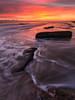 Spiaggia del Cerrano, alba. (masdamb) Tags: cerrano landscape sunrise pineto abruzzo italia it paesaggio paesaggi scogli mare sea seascape sky cielo colors water waves wideangle canon 6d ef1740mmf4l lee leefilters gnd filter light shore