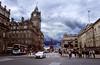 Edinburgh National Archives of Scothland (hector =D) Tags: edimburgo escocia edinburgh national archives scothland scott monument monumento a la izquierda el hotel the bslmoral al fondo se ve escritor walter derechalos scotland