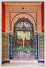 Porte sur le patio (GilDays) Tags: andalousie andalucia andalusia anda0915 espagne españa espana spain sevilla séville seville nikon nikond810 d810 maison house ville town architecture grille porte door blue bleu ferforgé orange escalier stairway stairs marche