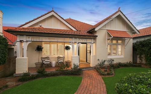 28 Holt Av, Mosman NSW 2088