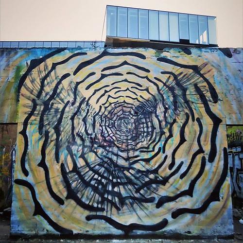 More birds for the weekend / #art by #CeePil. . #Gent #Belgium #streetart #graffiti #urbanart #graffitiart #streetartbelgium #graffitibelgium #visitgent #urbanart_daily #graffitiart_daily #streetarteverywhere #streetart_daily #mural #ilovestreetart #igers