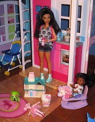 Out the door I go (flores272) Tags: aabarbie barbie barbiedoll barbieclothing barbiefashionistas aakelly monsterhighmini hellokitty barbiehellokittyshirt sanrioshirt walmart 56 stylesosweet doll dolls toy toys