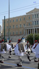 Changing of the Guard ceremony at the Tomb of the Unknown Soldier unknown soldier (Oren & Shimrit) Tags: יוון אתונה אביב פסח 2018 אקרופוליס פרתנון αθήνα athens greece spring acropolis zappeion monastiraki lycabettus syntagma kerameikos psiri gazi plaka national gardens odeon herodes atticus