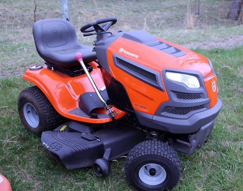 "Husqvarna 22hp 46"" Riding Mower w/ only 10 Hours ($1,288.00)"
