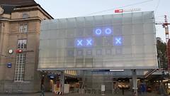 SBB St. Gallen - Binary Station Clock (Kecko) Tags: 2018 kecko switzerland swiss suisse svizzera schweiz ostschweiz stgallen sg europe bahnhof station concourse sbb bahn railway railroad architektur architecture gebäude building überdachung zugang zeichen symbol signs uhr clock bahnhofsuhr binary binär swissvideo video geotagged geo:lat=47423510 geo:lon=9370160
