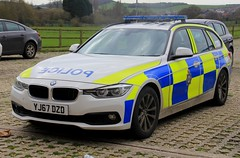 West Yorkshire Police BMW 330d Touring Roads Policing Unit Traffic Car (PFB-999) Tags: west yorkshire police wyp bmw 330d 3series touring estate roads policing unit rpu traffic car vehicle lightbar grilles reg lights leds yj67dzd
