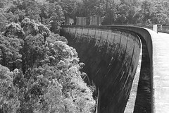 180425 courdeaux dam many many tons of sandstone blocks standing in place for nearly 100 years, tremendous engineering standing the test of time #courdeauxdam #waternsw #uppernepean #dam #water #supply #engineering #sandstone [85|115|365] #blackandwhite # (i_am_steven_71) Tags: ifttt instagram