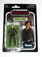 VC119 jyn erso star wars the vintage collection star wars rogue one basic action figures 2018 hasbro mosc 2a (tjparkside) Tags: jyn erso star wars vintage collection tvc vc vc119 119 basic action figures 2018 hasbro figure thevintagecollection mosc sniper rifle pistol blaster stock vest holster kenner rogue one 1 story rey jakku 1st first order stormtrooper supreme leader snoke rebel soldier hoth kylo ren ben solo