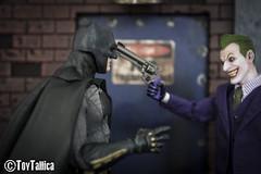 Mezco One 12 - Batman (BvS) (ToyTallica) Tags: batman superman mezco mezcotoyz toys toyphotography toycollecting toytallica toy benaffleck dc dccomics comics