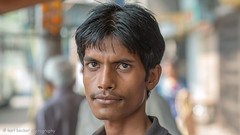Kolkata portrait-20.jpg (Karl Becker Photography) Tags: india kolkata nikon portrait boy youngman male man football