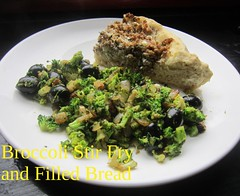 Stir Fried Broccoli with Ground Beef Feta Bread (nadjadejong) Tags: food cooking cooked homemade dinner stirfry broccoli onion garlc olives bread beef feta oven baked