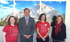 New Mexico Moms Meet with Senator Heinrich