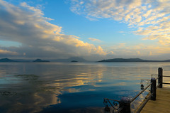 clouds reflection (Genylend) Tags: clouds sky see sunset travel holiday beach resort philippines talisay nature landscape scenery lamp reflection contemplation
