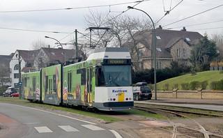 Belgian Coastal Tramway 6031 approaching De Panne Esplanade, 11th. April 2018.
