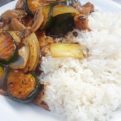 Dinner anyone? (official_recandres) Tags: zucchini chicken food