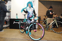 Wonder Festival, Winter 2018 (ジェローム) Tags: wonderfestival chiba makuharimesse japan japanese girl woman asia asian cosplay cosplayer costume bicycle bike hatsunemiku vocaloid