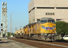 6778 + 4984, Beaumont, 22 March 2018 (Mr Joseph Bloggs) Tags: union pacific beaumont texas up usa united states america railway railroad bahn train treno freight cargo 6778 4984 geac4400cw emdsd70m emd electro motive division general electric ge tx