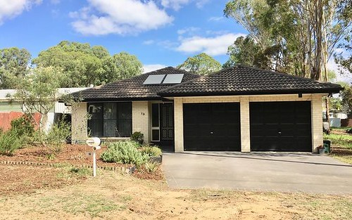 19 Hunter St, Ellalong NSW