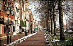 Havenplein, Zierikzee, Schouwen-Duiveland, Zeelande, Nederland (claude lina) Tags: claudelina nederland hollande paysbas zeeland zierikzee zeelande rue street maisons houses architecture