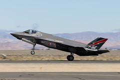 F-35 Lightning II (Trent Bell) Tags: lancaster foxairfield airport losangelescounty airshow 2018 california aircraft f35lightningii f35 lockheedmartin f35a af01