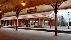 Aviemore railway station (Raúl Alejandro Rodríguez) Tags: ferrocarril railway tren train estación station andén platform aviemore escocia scotland uk