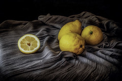 Limones II (JACRIS08) Tags: bodegon amarillo yellow stilllife frutas