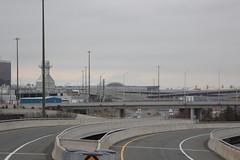 2018 04 13_7791 (djp3000) Tags: yyz pearsonairport torontopearsonairport terminal1 lamps streetlamps lampposts streetlights