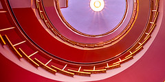 Staircase in red (Traveller_40) Tags: treppe absatz alleesha architecture but caffee caffeeglockespiel classic concrete contemporary curve cut design elevtor farbe glockenspiel gold hot indoors interiordesign lichtundschatten light lightrays lila marmor miss modern munich offcenter pink raysoflight red rot round shad shadow shape spiral spots stair staircace staircase step take travel violett walking