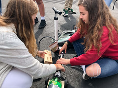 JM20180430-006.jpg (Menlo Photo Bank) Tags: science classof2021 spring physics students pump quad girls people 2018 smallgroup upperschool photobyjamieformato car georgia menloschool claire atherton ca usa us