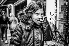 Images on the run... (Sean Bodin images) Tags: streetphotography streetlife strøget seanbodin streetportrait spring april 2018 everydaylife enhyldesttilhverdagen erindingskultur metropolight mitkbh voreskbh denmark documentary documentery delditkbh danmark copenhagen citylife candid city children citypeople