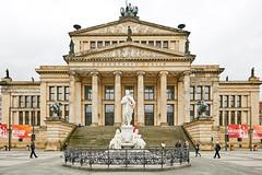 Unter den Linden, Berlin (Guill_B) Tags: photomechanic europe allemagne de deu germany berlin évènement event anniversaire birthday födelsdag 40ans 40år 40years gendarmenmarkt