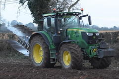 John Deere 6215R Tractor with an Overum 5 Furrow Plough (Shane Casey CK25) Tags: john deere 6215r tractor overum 5 furrow plough jd green fermoy traktor trekker tracteur traktori trator ciągnik ploughing turn sod turnsod turningsod turning sow sowing set setting tillage till tilling plant planting crop crops cereal cereals county cork ireland irish farm farmer farming agri agriculture contractor field ground soil dirt earth dust work working horse power horsepower hp pull pulling machine machinery nikon d7200